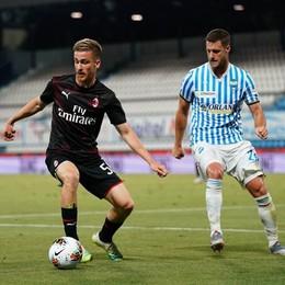 Calcio, il Milan si salva in extremis