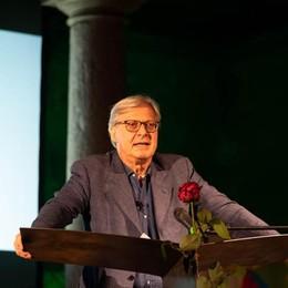 La lezione di Vittorio Sgarbi a Casale: «Ripartiamo dai luoghi della cultura