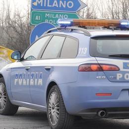 La Polstrada sorveglia le vie dell'esodo:   attenzione a furti e truffe nei parcheggi
