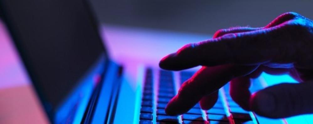 SAN COLOMBANO Pestaggio finto su Facebook, maxi multa a un cittadino