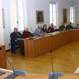Laurea a distanza sì ma in una sede ufficiale: Casale metterà a disposizione l'aula più bella del municipio