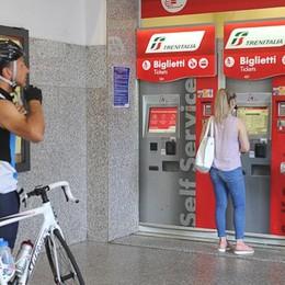 """La stazione di Lodi è ancora """"fantasma"""", per i biglietti bisogna arrangiarsi"""