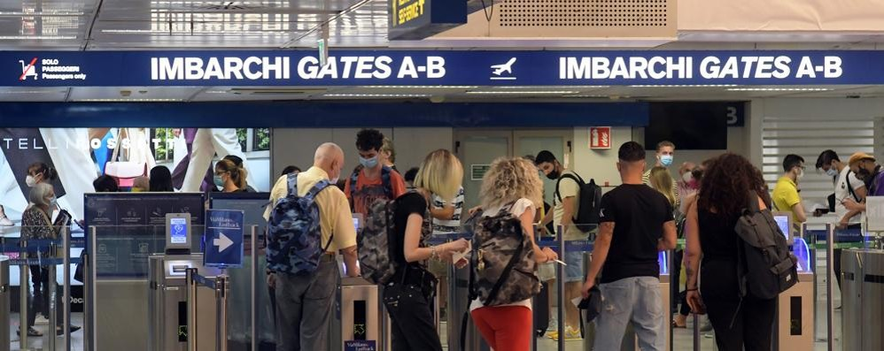 Partono oggi i test a Linate  sui viaggiatori in arrivo dai paesi a rischio