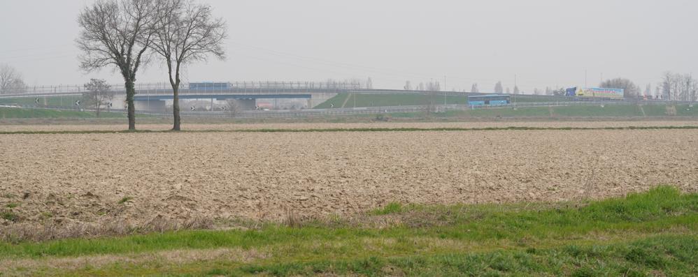 Trecentomila metri quadri di capannoni per «cinquecento posti di lavoro» tra Ospedaletto e Livraga: la Provincia di Lodi dice sì
