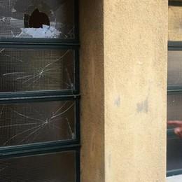 Casale, i vandali si scatenano:  danni alla casa delle associazioni