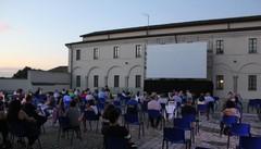 Cinema sotto le stelle, una tradizione di successo: «Il pubblico ha voglia di cinema»