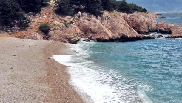 Covid, vanno in vacanza in Croazia,  tre ragazze lodigiane restano contagiate