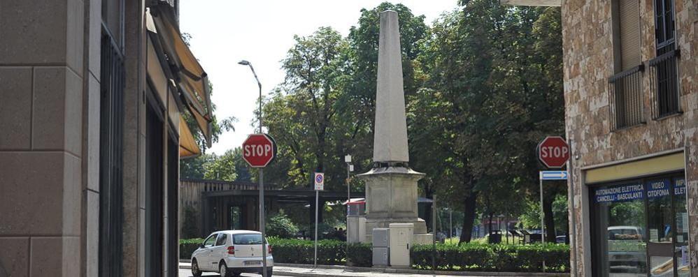 LODI Scritte anche sull'obelisco che ricorda la visita dell'imperatore Ferdinando