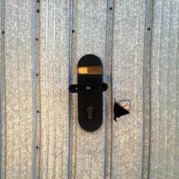 Raffica di furti nei box a Brembio