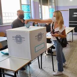 SPECIALE VOTO Referendum, nel Lodigiano il Sì al 73 per cento.  A Lodi il 67 per cento favorevole al taglio  DIRETTA