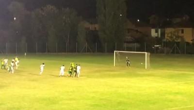 Calcio, il gol del vantaggio del Sangiuliano