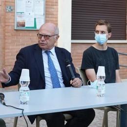 CASTIGLIONE Galli presenta i dati dello screening: «Grazie a voi risultati importanti»