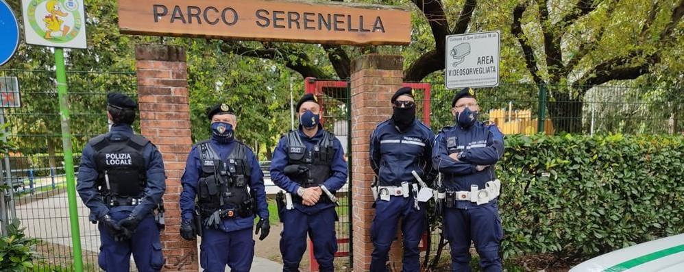 """San Giuliano, allerta per il torneo: i vigili """"blindano"""" il parco Serenella"""