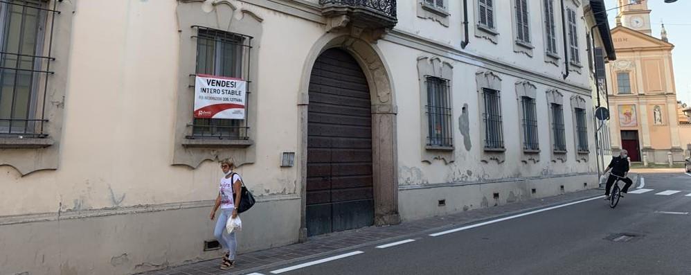 A Casale con 1 milione e 400mila euro si può comprare palazzo Lampugnani