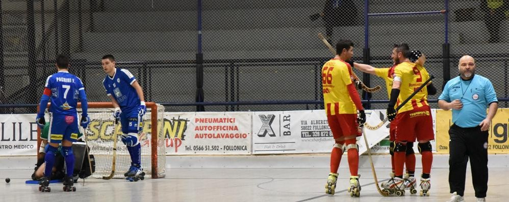 Hockey, l'Amatori espugna Follonica e torna in vetta