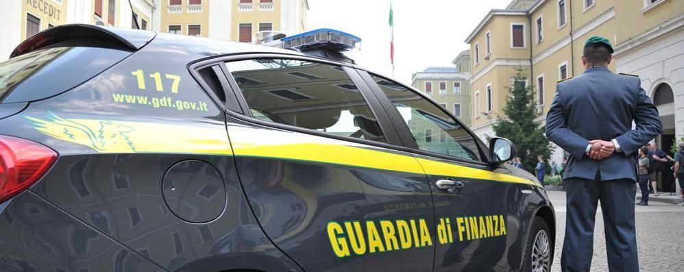 Frode fiscale, sequestri della Finanza per tre milioni di euro