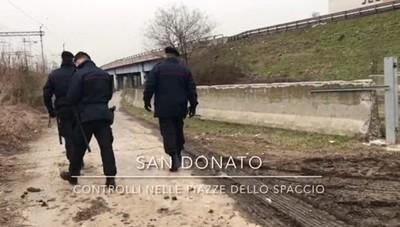 San Donato, controlli antidroga in stazione: foglio di via per 40