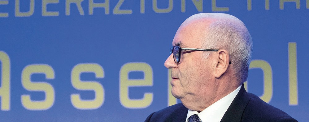 Calcio, Tavecchio presidente del Crl