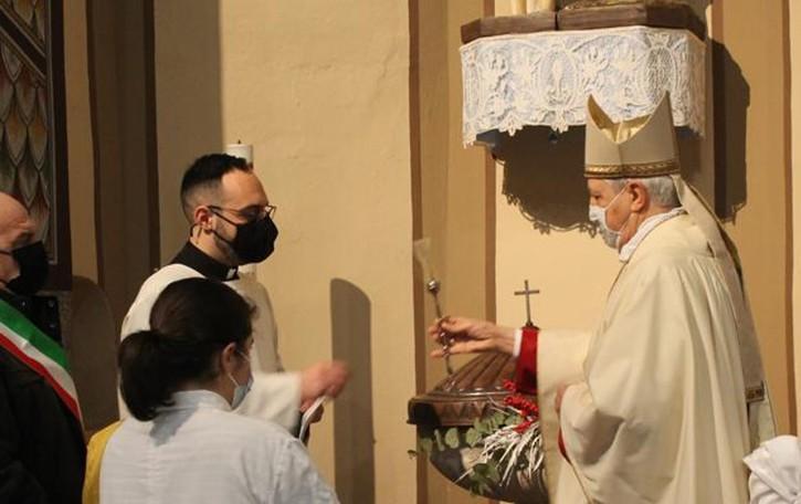 Una targa per il salesiano che battezzò il Papa