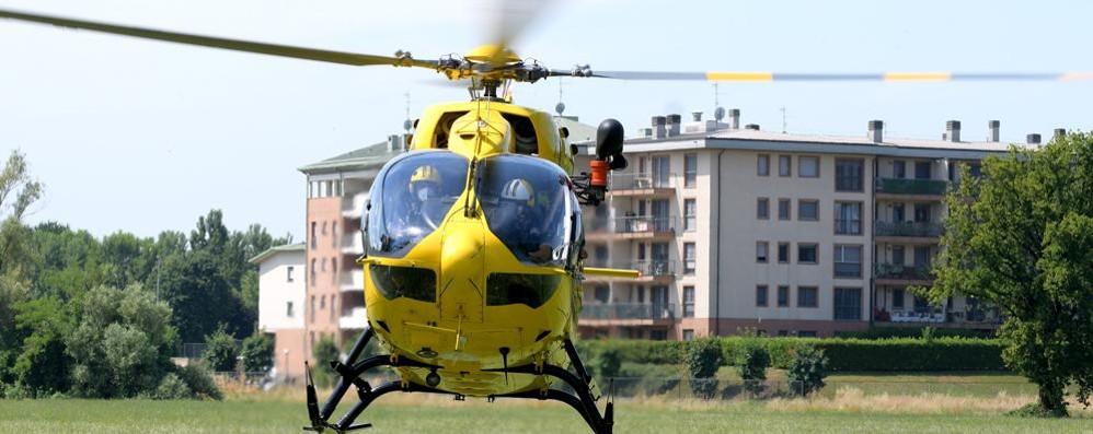 LODI Bambino di sei anni cade e batte la testa: portato in ospedale con l'elicottero