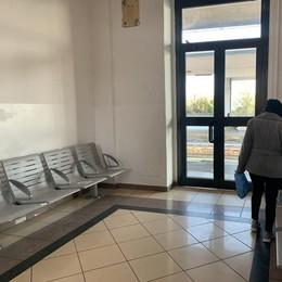 Casale, riapre la sala d'attesa della stazione chiusa per il Covid