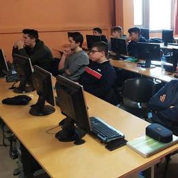 LODI Liceo Gandini saccheggiato nel week end, scomparsi una cinquantina di computer