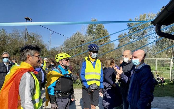 L'EVENTO Sessanta chilometri in bici per la pace