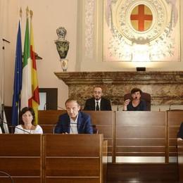 Centrodestra, venti di crisi a Lodi: Fratelli d'Italia diserta l'aula