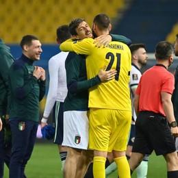 Calcio, Acerbi baluardo dell'Italia: «La Nazionale ha grandi difensori»