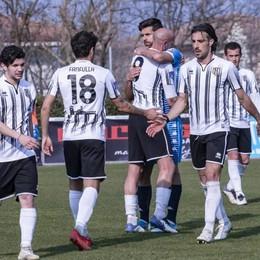 Calcio, Fanfulla in emergenza a centrocampo