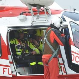 «C'è un corpo nell'Adda»: ricerche con gli elicotteri IL VIDEO DELLE OPERAZIONI