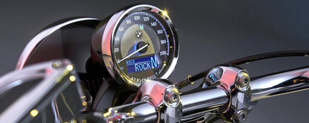 Codogno, nella replica della mitica moto Bmw monterà il cruscotto firmato Mta
