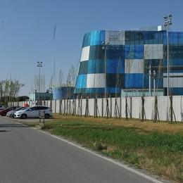 """Cornegliano, un """"muro"""" per mettere il silenziatore allo stoccaggio"""
