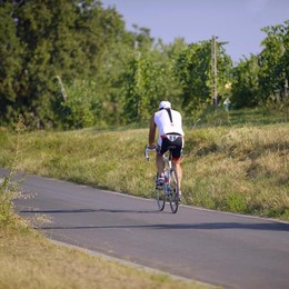 Ennesimo infortunio a San Colombano, in collina l'invasione delle mountain bike