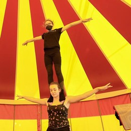 Il Covid blocca il circo da 6 mesi a Crespiatica: «Cerchiamo una nuova sede»