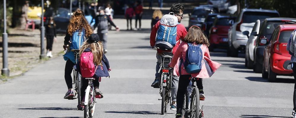 L'Italia torna bicolore, da mercoledì ritorno nelle aule dai nidi alle prime medie