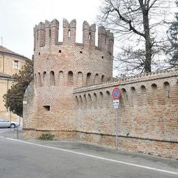 Maleo, il Castello Trecchi torna in vendita per meno di due milioni
