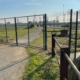 San Martino, una barriera per impedire l'accesso ai binari della ferrovia