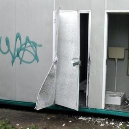 OSPEDALETTO Danni alle strutture e distributori razziati, i soliti ignoti devastano il centro sportivo