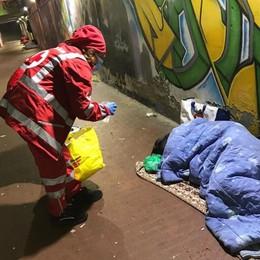 A San Donato vivono cinque senzatetto, la Croce Rossa porta un po' di sollievo