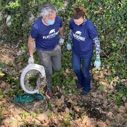 """Ora San Fereolo è """"plastic free"""" grazie a Iulia e ai suoi volontari"""