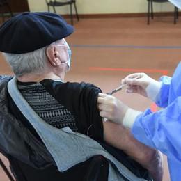 Vaccini, martedì 1.550 iniezioni nel Lodigiano e più di 500 a Vizzolo