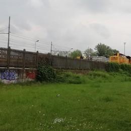 LODI Il cantiere dello scalo ferroviario tiene sveglio un intero quartiere