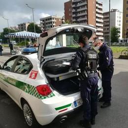 SAN GIULIANO Vendeva alcolici agli adolescenti, la polizia locale multa negoziante