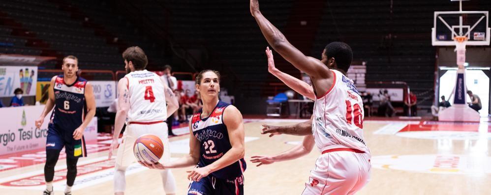 Basket, l'Assigeco cede strada all'Orasì Ravenna