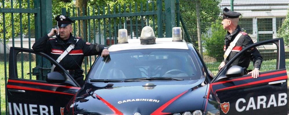 In fuga a 100 all'ora per le strade di Mulazzano, 47enne arrestato dai carabinieri VIDEO