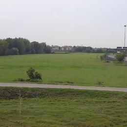MELEGNANO «San Carlo e Bertarella, un consumo di suolo senza precedenti»