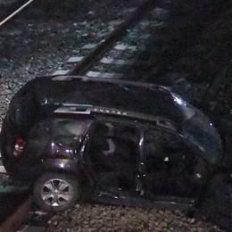 SAN DONATO Auto precipita sui binari dell'Alta velocità. Grave un 48enne di Lodi Vecchio - IL VIDEO