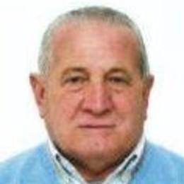 Sant'Angelo piange la morte a 76 anni dello storico pompiere Italo Bertolotti