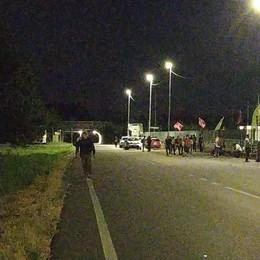 A Tavazzano torna la protesta di fronte ai cancelli della Zampieri